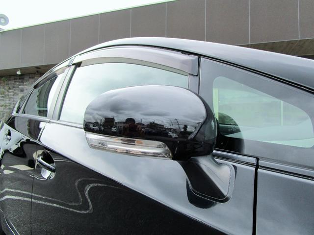 純正ウィンカー付ドアミラーは標準装備です!