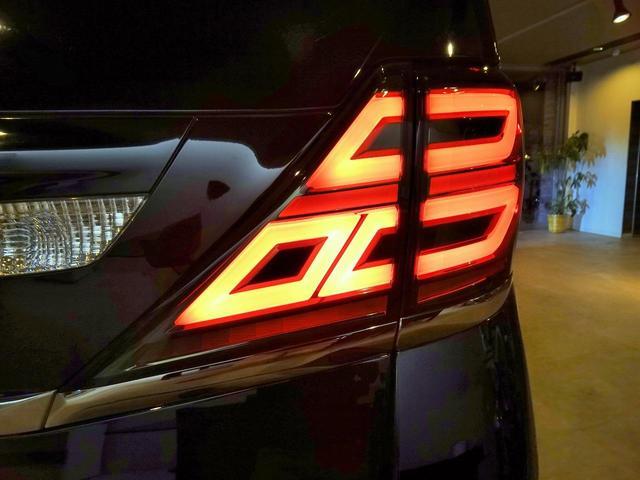 2.4Z プラチナセレクションII フル30仕様 新品ファイバースモール&シーケンシャルウィンカー仕様ヘッドライト(10枚目)