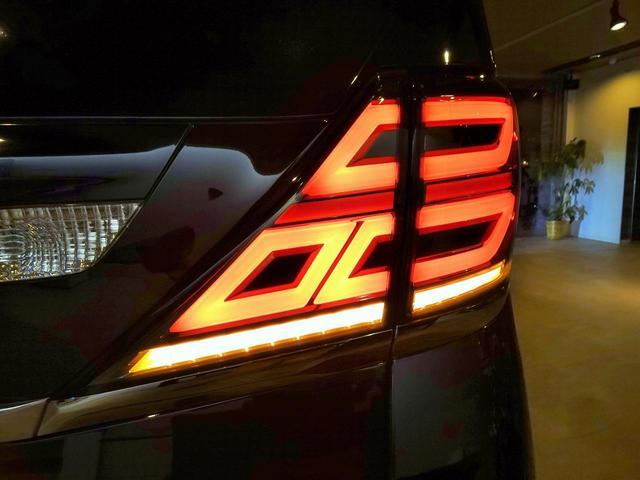 2.4Z プラチナセレクションII フル30仕様 新品ファイバースモール&シーケンシャルウィンカー仕様ヘッドライト(11枚目)
