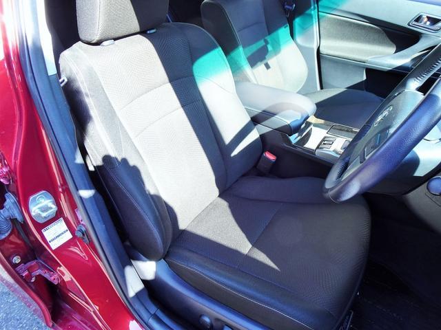 使用感の少ないとってもきれいな運転席シート!