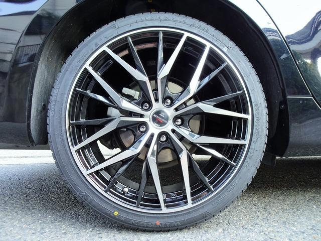 ハイブリッド 新品スピンドルグリルエアロ 新品ファイバースモール&シーケンシャルウィンカー仕様ヘッドライト 新品19インチホイール&タイヤ(25枚目)