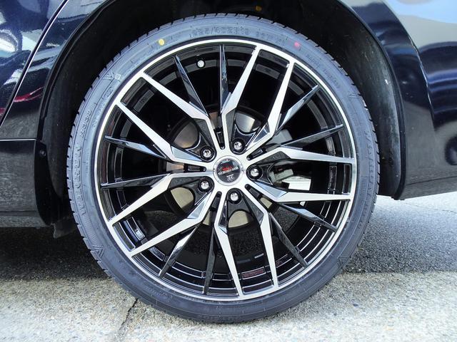 ハイブリッド 新品スピンドルグリルエアロ 新品ファイバースモール&シーケンシャルウィンカー仕様ヘッドライト 新品19インチホイール&タイヤ(27枚目)