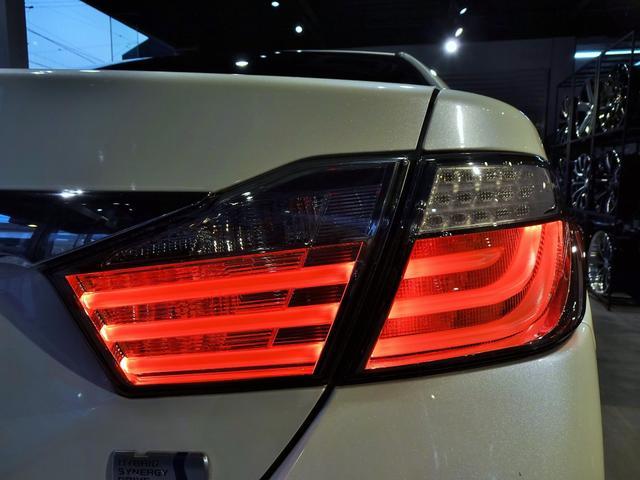 ハイブリッド Gパッケージ 新品スピンドルグリルエアロ 新品ファイバースモール&シーケンシャルウィンカー仕様ヘッドライト 新品20インチホイール&タイヤ(11枚目)