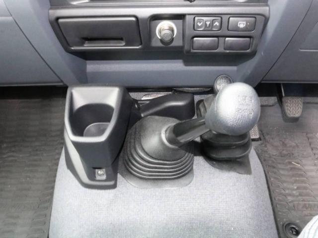 4.0 4WD(16枚目)