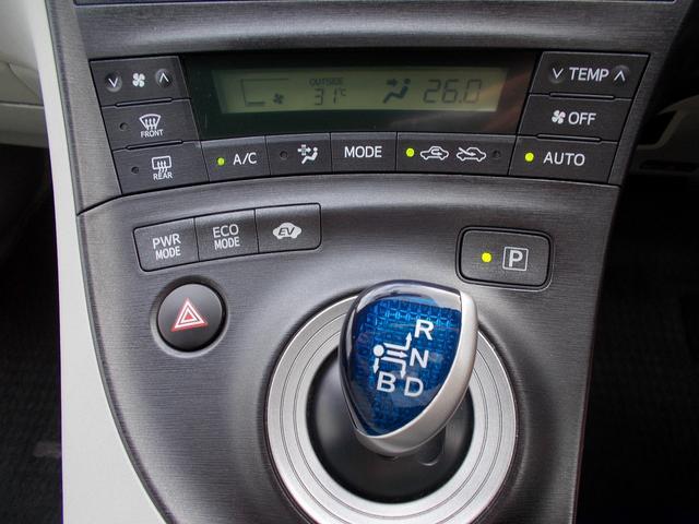 トヨタ プリウス S LEDエディション 純正ナビ フルセグTV Bカメラ