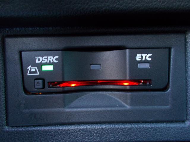 TSIコンフォートライン 後期モデル 純正TVナビ LEDヘッド バックカメラ 純正16インチAW(20枚目)
