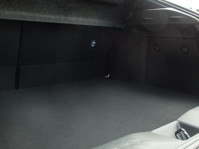 トヨタ C-HR S LEDエディション WALDコンプ 地デジナビ 20AW