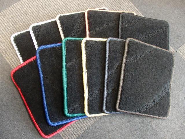 Duxyオリジナルフロアマットも10色以上取り揃えておりますので、是非お好きなお色をお選び下さい!!