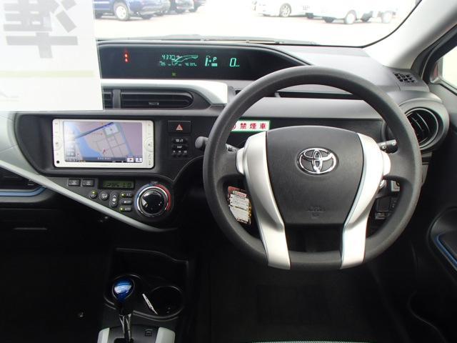トヨタ アクア S スマートキー 純正地デジナビ バックモニター ETC