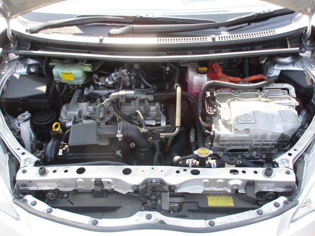 トヨタ アクア S スマートキー 純正15AW コーナーセンサー