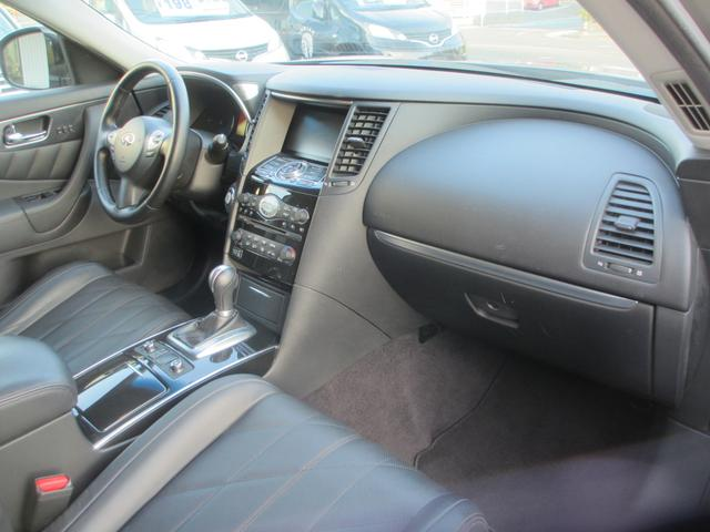 インフィニティ インフィニティ FX35 プレミアムパッケージ 実走行 サンルーフ 黒レザー AWD
