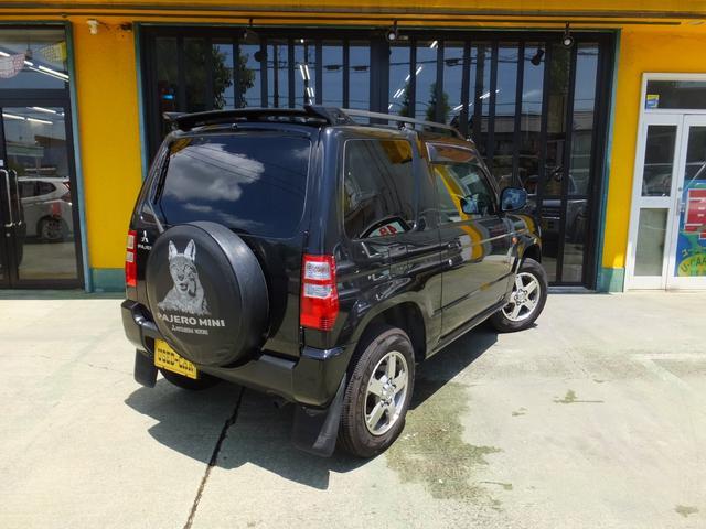 VR ワンオーナー 車検令和5年7月 5速マニュアル車 4WDターボ アルミ 純正オプションメッキグリル ルーフレール リアスポイラー プライバシーガラス ドアバイザー 背面タイヤソフトカバー キーレス(5枚目)