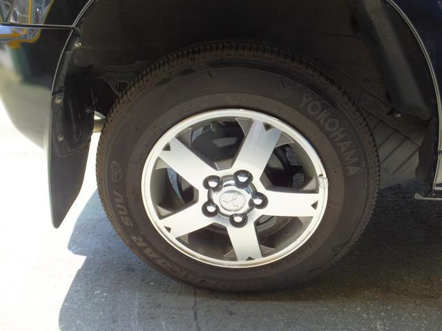 VR ワンオーナー 車検令和5年7月 5速マニュアル車 4WDターボ アルミ 純正オプションメッキグリル ルーフレール リアスポイラー プライバシーガラス ドアバイザー 背面タイヤソフトカバー キーレス(21枚目)