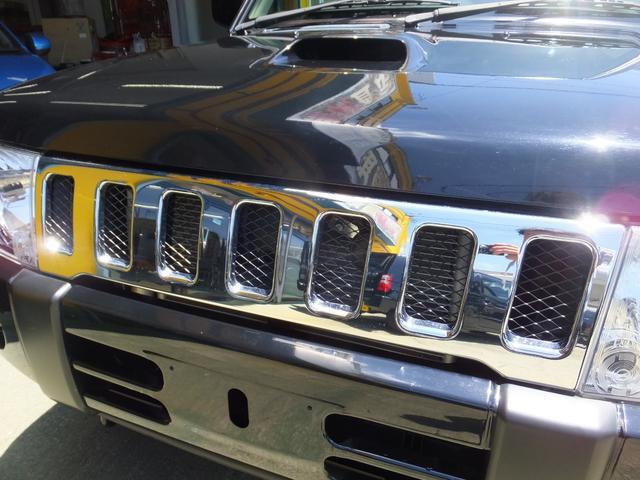 VR ワンオーナー 車検令和5年7月 5速マニュアル車 4WDターボ アルミ 純正オプションメッキグリル ルーフレール リアスポイラー プライバシーガラス ドアバイザー 背面タイヤソフトカバー キーレス(28枚目)