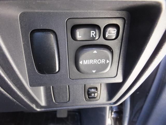 VR ワンオーナー 車検令和5年7月 5速マニュアル車 4WDターボ アルミ 純正オプションメッキグリル ルーフレール リアスポイラー プライバシーガラス ドアバイザー 背面タイヤソフトカバー キーレス(48枚目)