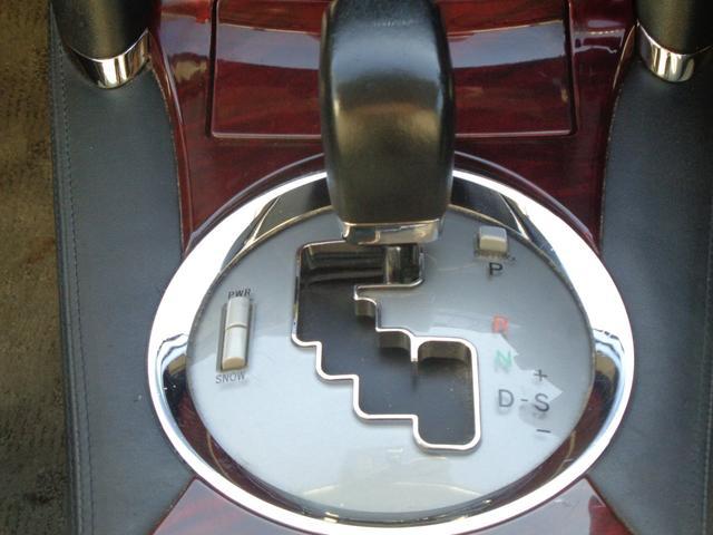 この車両が気になったら0800-806-25-756にお電話を!!音声ガイダンスに従いお問い合わせ下さい!!アクション1安城店のスタッフがお客様のカーライフプランをサポートいたします!!