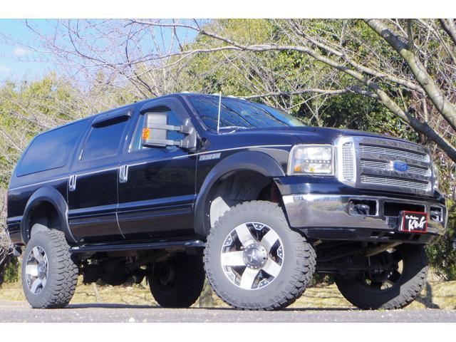 フォード フォード エクスカージョン LTD 8インチリフトアップ 20インチKMC