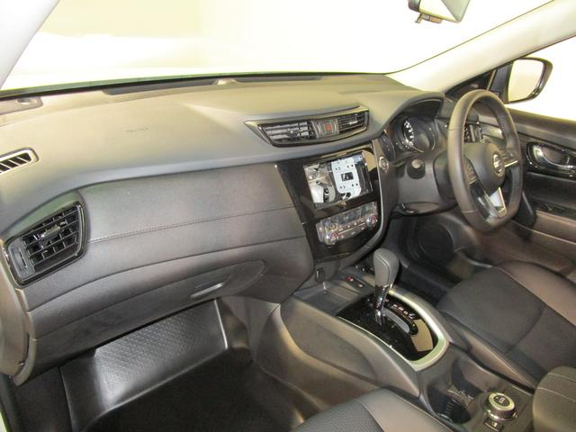 20Xi 全方位M スマートルームミラー LEDライト プロパイロット クルーズコントロール エマージェンシーブレーキ パワーテールゲート 4WD 純正18AW 登録済未使用車(10枚目)