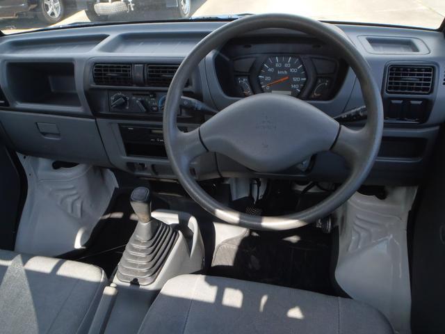 5速MT 2WD エアコン・パワステ 3ヶ月3千キロ保証付き(4枚目)