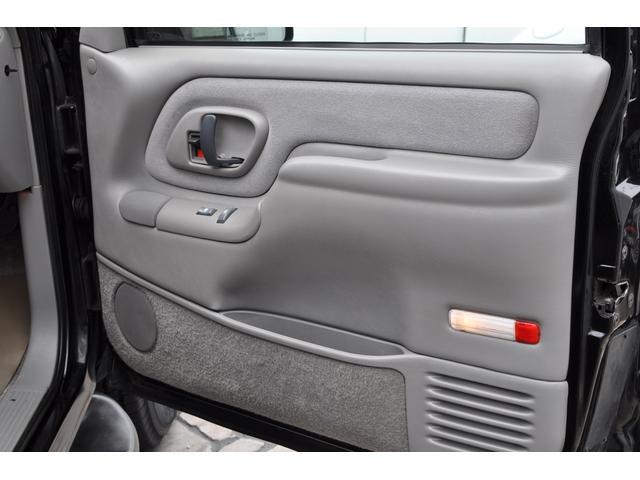 「シボレー」「シボレー サバーバン」「SUV・クロカン」「愛知県」の中古車36