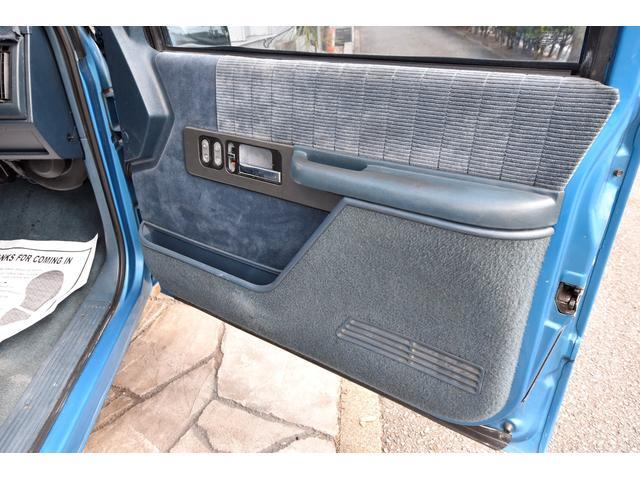 「シボレー」「シボレー C-1500」「SUV・クロカン」「愛知県」の中古車31