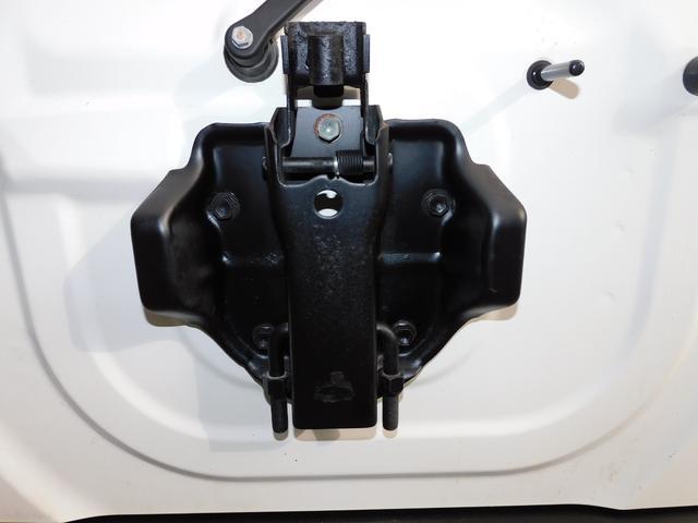XG パートタイム4WD インタークーラーターボ 新品部品3インチリフトアップキット 新品16インチマッドタイヤ 新品プロジェクターヘッドライト 新品オーバーフェンダー 新品前後LED付きショートバンパー(45枚目)