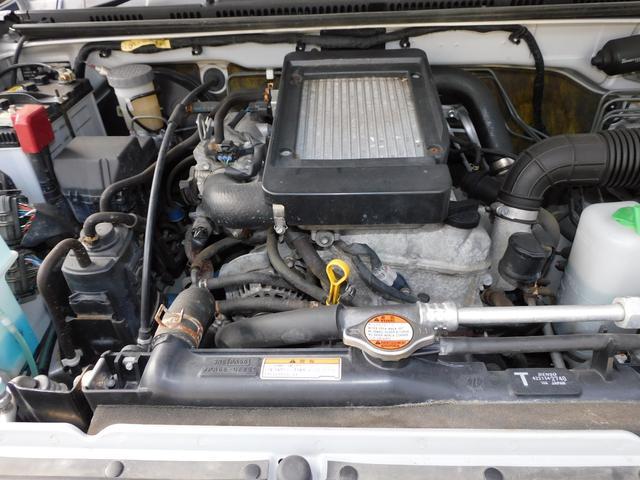 XG インタークーラーターボ パートタイム4WD フロア5速ミッション 新品部品3インチリフトアップキット 新品LEDランプ付き前後ショートバンパー 新品COMFORSER16インチマッドタイヤ(18枚目)
