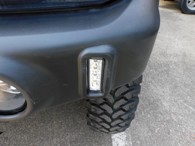 XG インタークーラーターボ パートタイム4WD フロア5速ミッション 新品部品3インチリフトアップキット 新品LEDランプ付き前後ショートバンパー 新品COMFORSER16インチマッドタイヤ(22枚目)