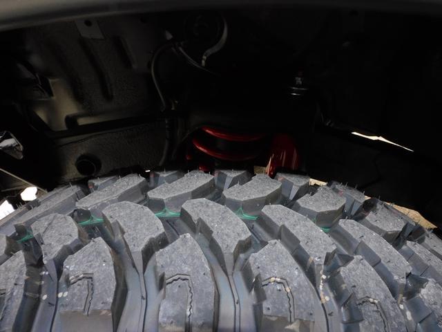 XG インタークーラーターボ パートタイム4WD フロア5速ミッション 新品部品3インチリフトアップキット 新品LEDランプ付き前後ショートバンパー 新品COMFORSER16インチマッドタイヤ(30枚目)