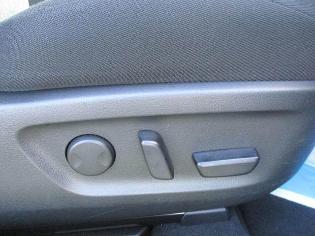 ベースグレード 衝突被害軽減システム アダプティブクルーズコントロール 全周囲カメラ バックカメラ オートライト LEDヘッドランプ ETC Bluetooth ワンオーナー(9枚目)