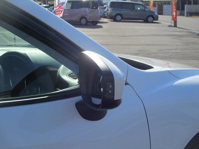 XD タイヤ新品 メモリーナビ フルセグTV バックカメラ Bluetooth接続 スマートキー DVD/CD再生 アイドリングストップ サイドカメラ ETC 純正アルミ 革巻きステアリング(12枚目)