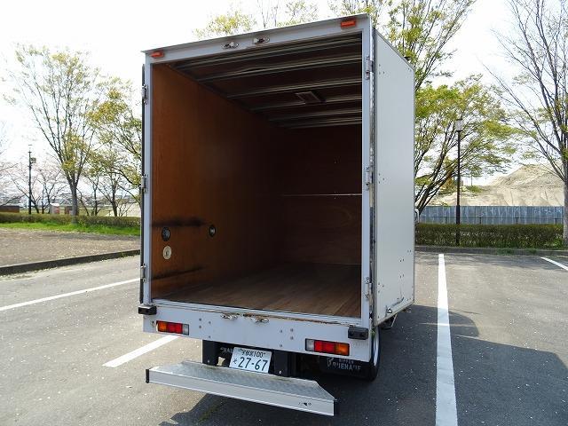 アルミバン 2トン標準 5MT  新免許トラック(11枚目)