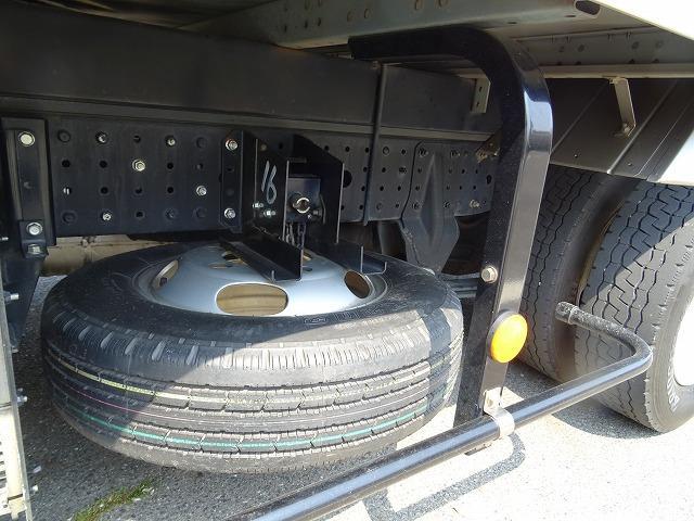 アルミバン 2トン標準 5MT  新免許トラック(20枚目)