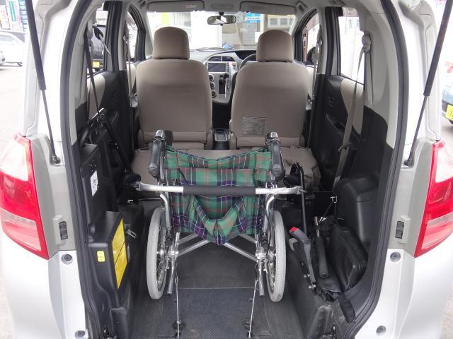 X 福祉車両 スロープタイプ タイプ1 HDDナビ(10枚目)