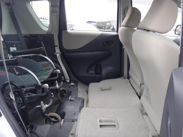 X 福祉車両 スロープタイプ タイプ1 HDDナビ(13枚目)
