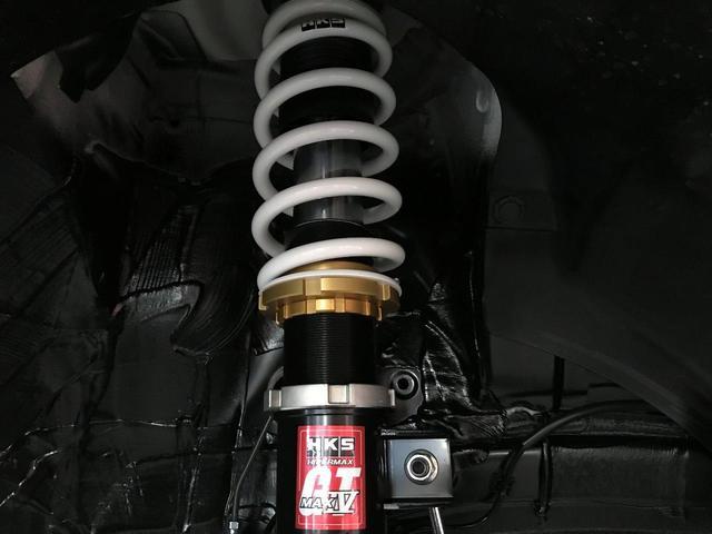 HKSハイパワースペックL2マフラー・HKSハイパーマックス4GT車高調パッケージ セーフティサポート非装着車(18枚目)