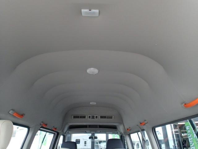 チェアキャブ福祉車両 M仕様リフト 10人2台 電動ステップ(5枚目)