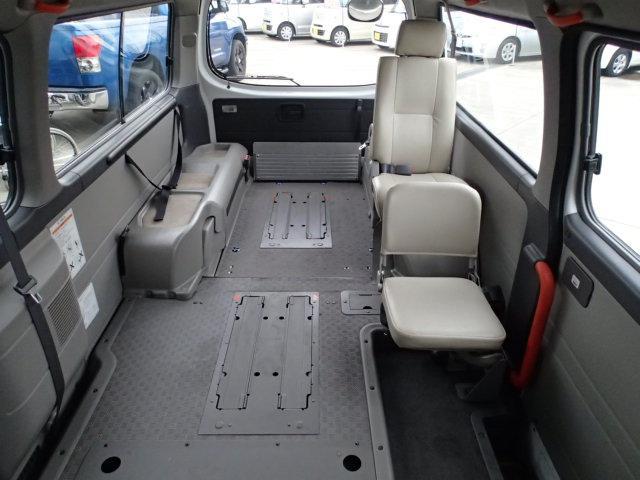 チェアキャブ福祉車両 M仕様リフト 10人2台 電動ステップ(8枚目)