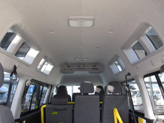 トヨタ レジアスエースバン ウェルキャブ福祉車両 Bタイプリフト 10人2台 天窓Bカメ