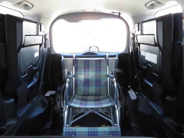 トヨタ エスクァイア ウェルキャブ福祉車両 スロープ8人 電動ウィンチ固定 ナビ