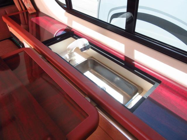 トヨタ ハイエースワゴン アルフレックス 2段ベット FFヒーター