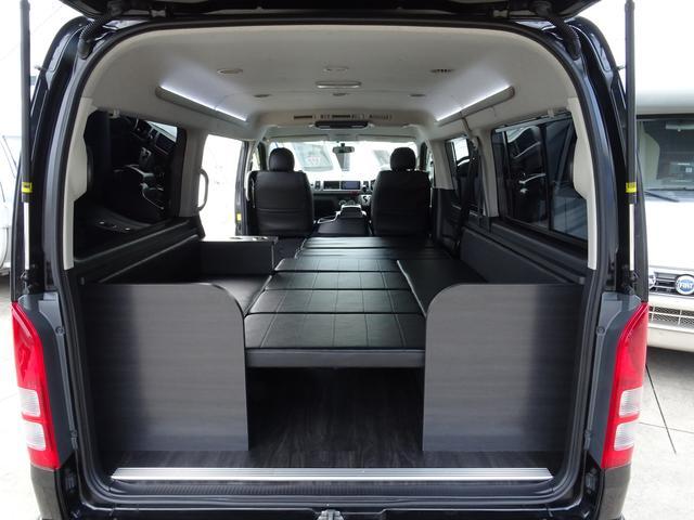 トヨタ ハイエースワゴン オリジナルベッド キャンピング仕様 ESSEXフルエアロ
