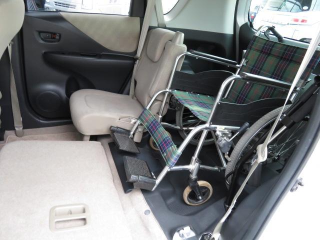 トヨタ ラクティス ウェルキャブ福祉車両 スロープ5人 1.5L ナビ 電動固定
