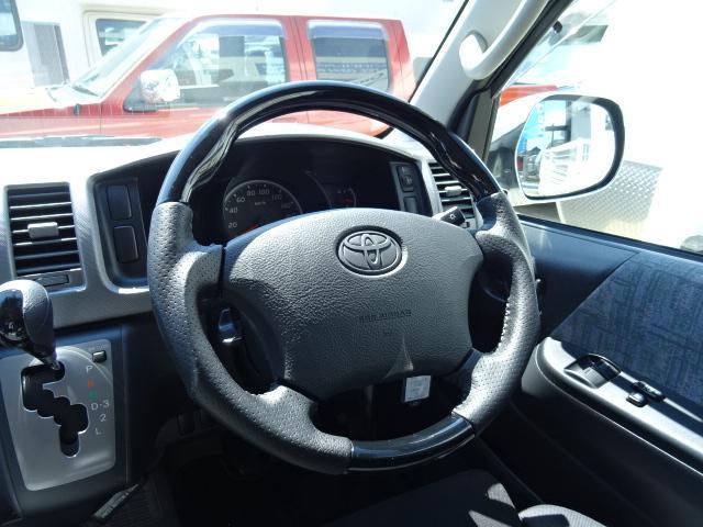 トヨタ ハイエースバン トイファクトリー ランドティピー 4WD キャンピング