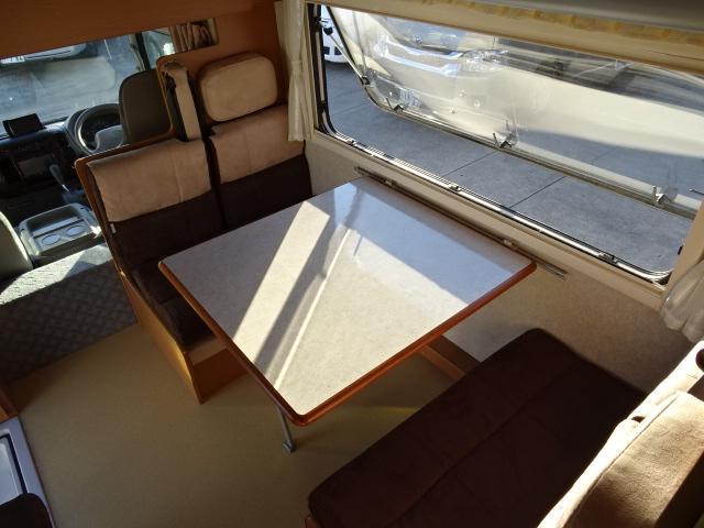 トヨタ カムロード ファンルーチェ ヨセミテ 2段ベッド 8人乗り