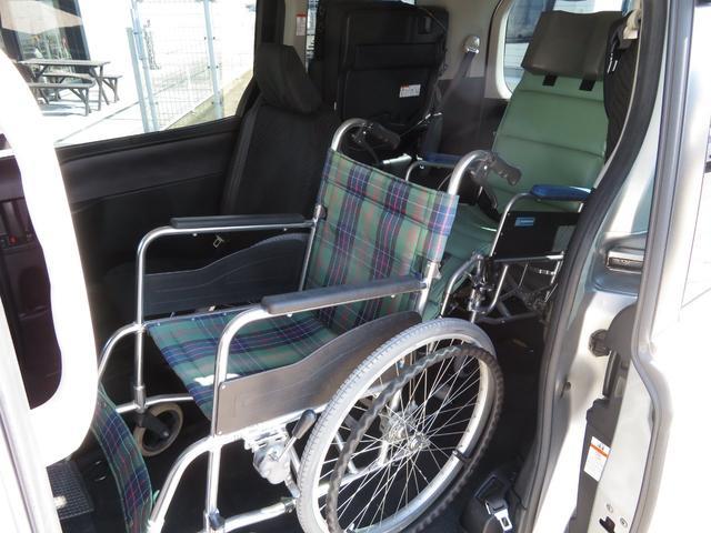 X ウェルキャブ スロープ 車いす2台固定 左側パワスラ(7枚目)