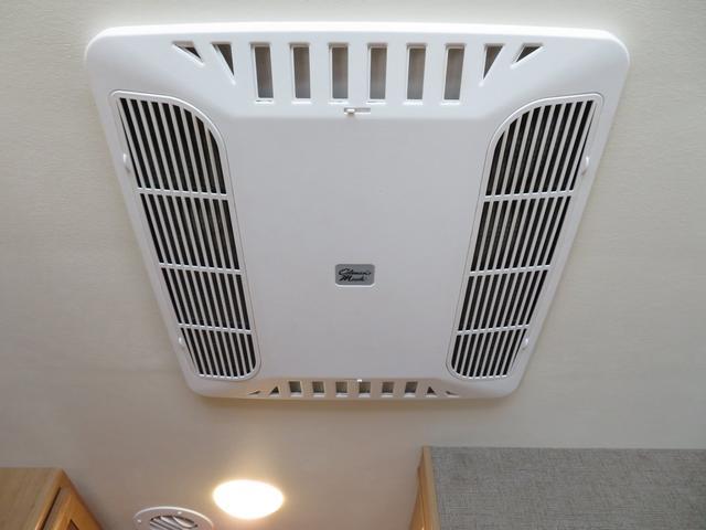 ルーフエアコンです♪発電機にて使用可能です。