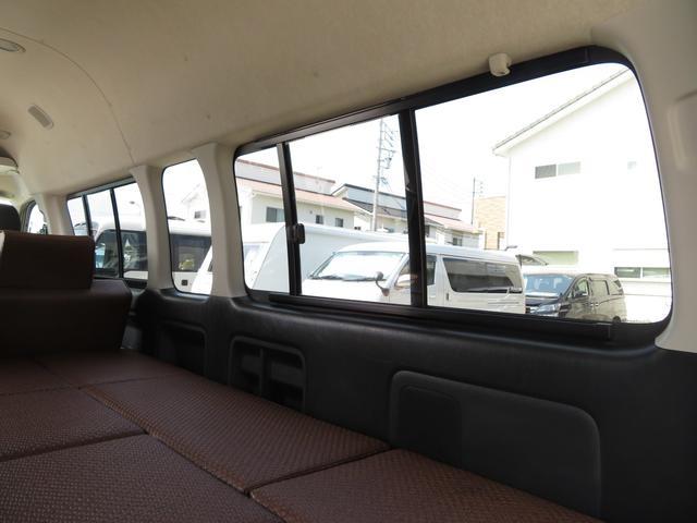 デルタリンク キャンピング 4WD 8ナンバーキャンピング ファスプシート シンク 給水排水タンク コンロ フルフラットベッド 就寝3名 SDナビ バックカメラ ETCユニット(7枚目)