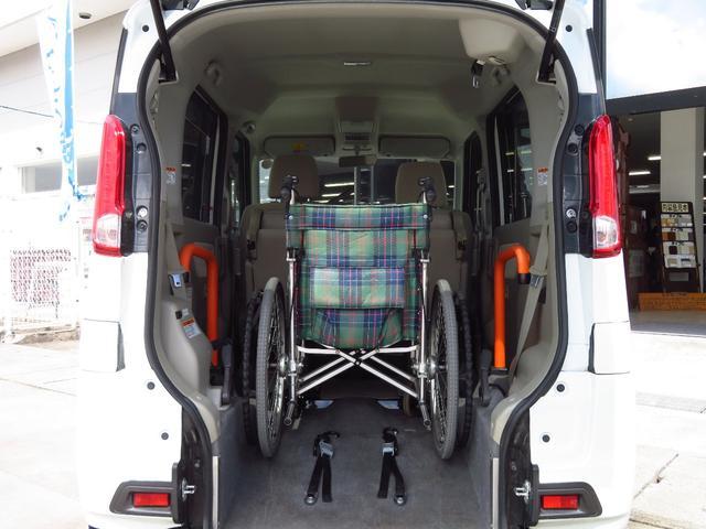 室内高が高いお車です!福祉車両は車いすの形状や、身長、体格にあわせたお車選びが重要となってきます。