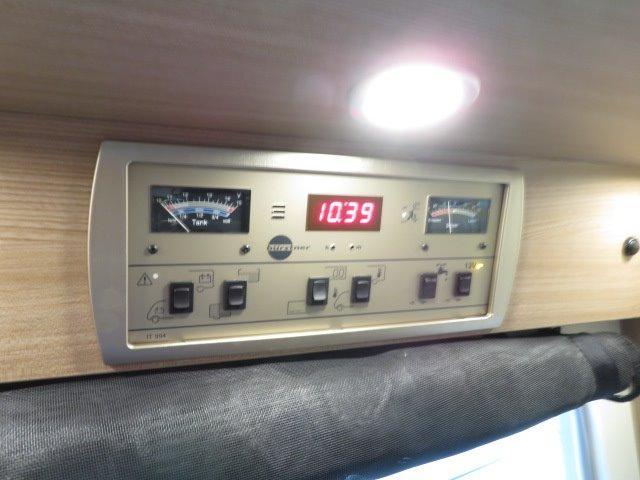 「その他」「アヴィアーノ」「ステーションワゴン」「岐阜県」の中古車28